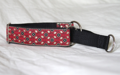 Martingale (small) - red/gold tudor rose (D16S)