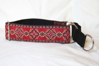 Martingale (small) - medieval red (D05S)
