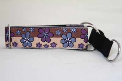 Martingale (small) - brown tan floral (D26S)