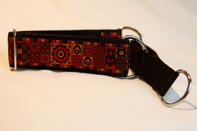 Martingale (medium) -  red, yellow and brown (D39M)