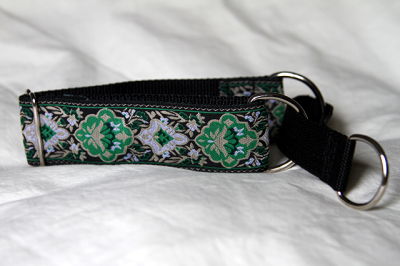 Martingale (small) -  green tapestry (D42S)