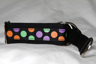 Martingale (small) - sparkly smartie (D42S)