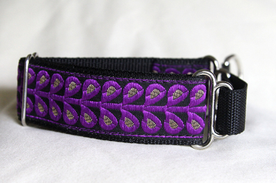 Martingale (small) -  purple & gold leaf (D64S)