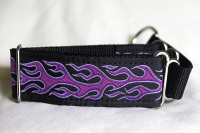 Martingale (small) - purple flames (D65S)