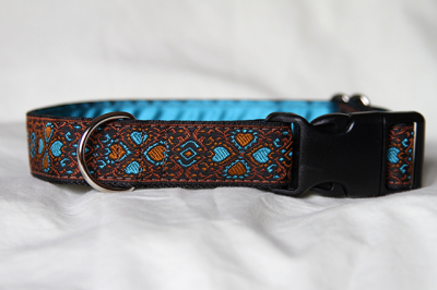 Luxury clip collar  - turquoise and burnt orange hearts (DH17)