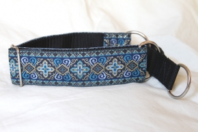Martingale (medium) - medieval blue (D04M)