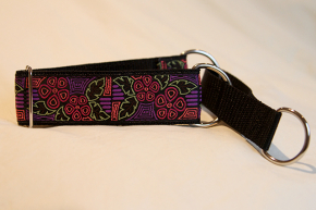 Martingale (medium) - pink/purple delicate flowers (D35M)
